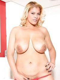 Shemale big tits porn